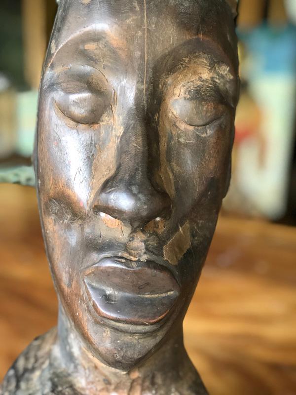 <h6>Face Sculpture